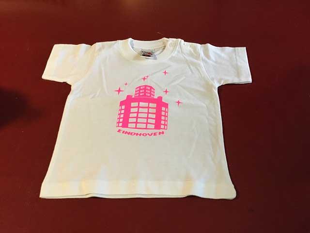 Baby t-shirt Lichttoren roze op lichtblauw